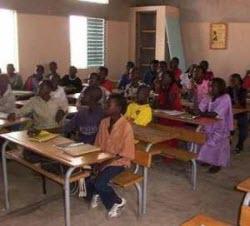 Les élèves de Waoundé réclament des profs et un lycée digne de ce nom